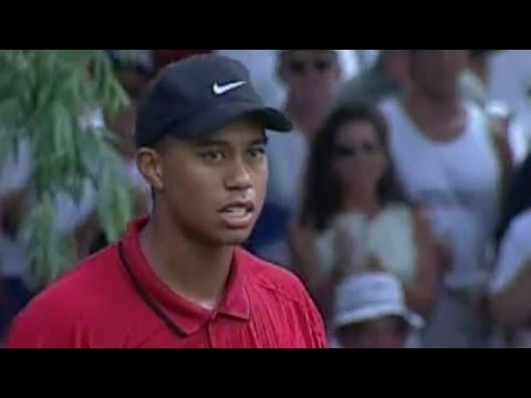 journey-to-40---1999,-tiger-woods-chip-to-victory