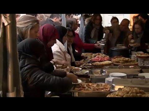 بروكسل: المتحف اليهودي يقيم مائدة إفطار رمضاني للجالية المسلمة ببلجيكا…