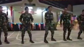 Amazing Dancing Soldiers Philippine Army