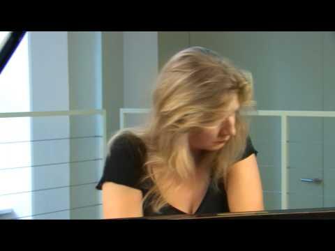 Ragna Schirmer - Brahms Rhapsody op.79/2
