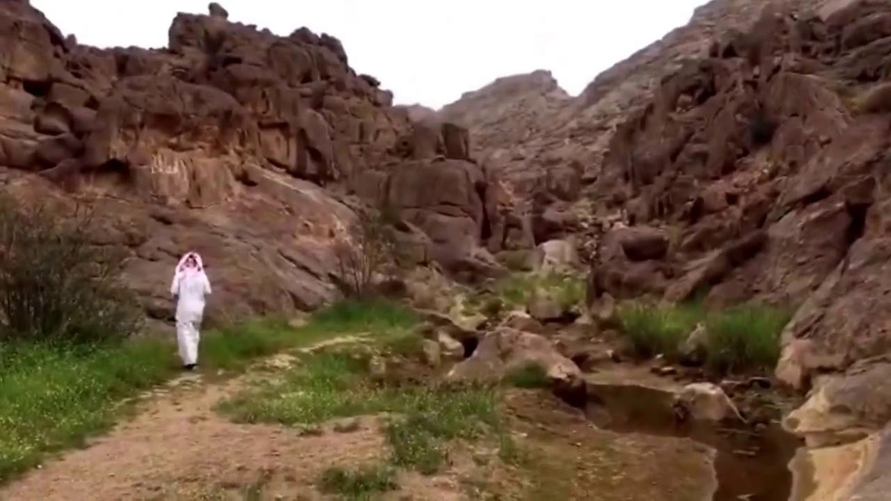 رحلة صعود جبل أجا في حائل والوصول Youtube