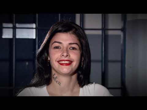 Câmera Record mostra as detentas que mantêm a autoestima mesmo na prisão