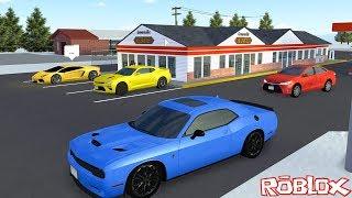 Yeni Spor Arabamızla Şehirde Yarıştık! - Panda ile Roblox Greenville Beta