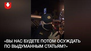 В Лебяжьем люди задают вопросы силовикам вечером 29 сентября