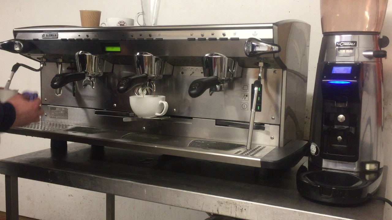 rancilio classe 8 traditional espresso machine and la cimbali magnum grinder youtube. Black Bedroom Furniture Sets. Home Design Ideas