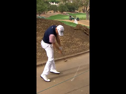Thomas picks it clean off the cart path ✨
