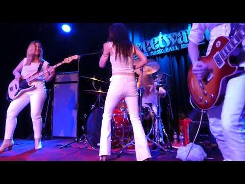 【Zepparella】 Ramble On (Sweetwater Music Hall - 12/16/17)
