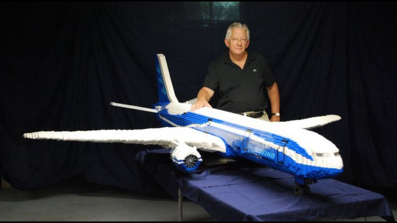 9 Foot Long LEGO Boeing 777 Airplane U2013 BrickFair Virginia 2015   YouTube  How Would You Weigh A Plane Without Scales