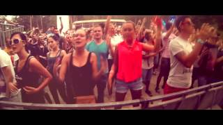 Смотреть клип Richard Reynolds - Shake It!
