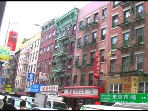New York City - Video Tour of Chinatown, Manhattan (Chatham Square, MOCA & Columbus Park)