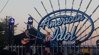Love birds- American Idol Tour Live 2018