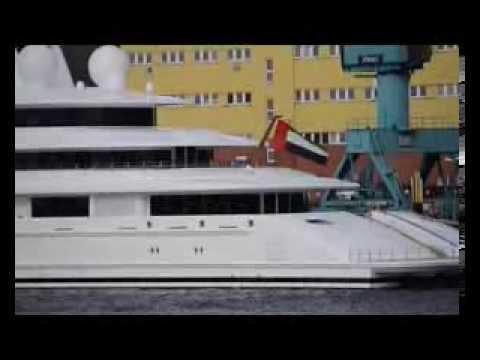 Stormy timelaps with Yacht AZZAM - ABU DHABI - LÜRSSEN Shipyard  2014 02 15