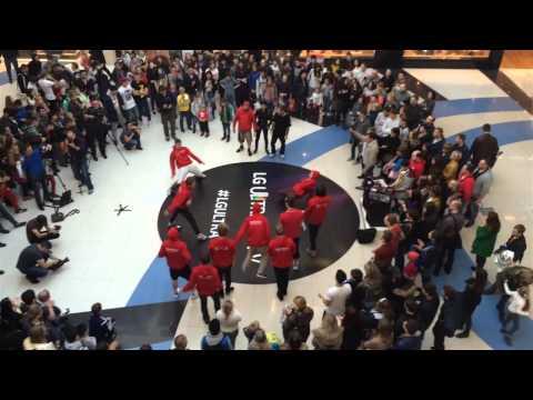 LG Ultra Battle в ТЦ Метрополис (Cut 2)