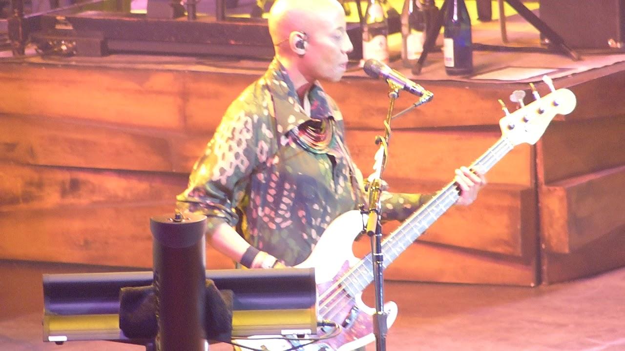 Lenny Kravitz - 5 More Days 'Til Summer (Live at O2 Arena, London)