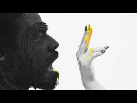carla-morrison---un-beso-(official-video)