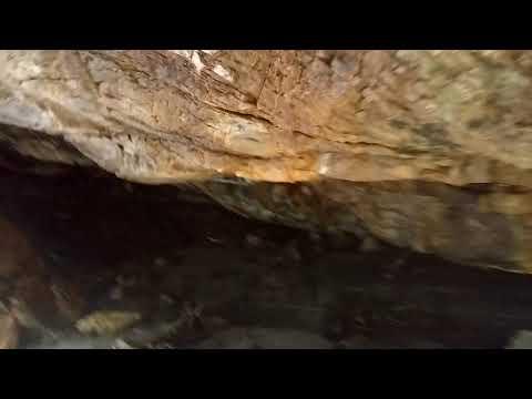 Gruta Bananeira (Poço de Uibaí)