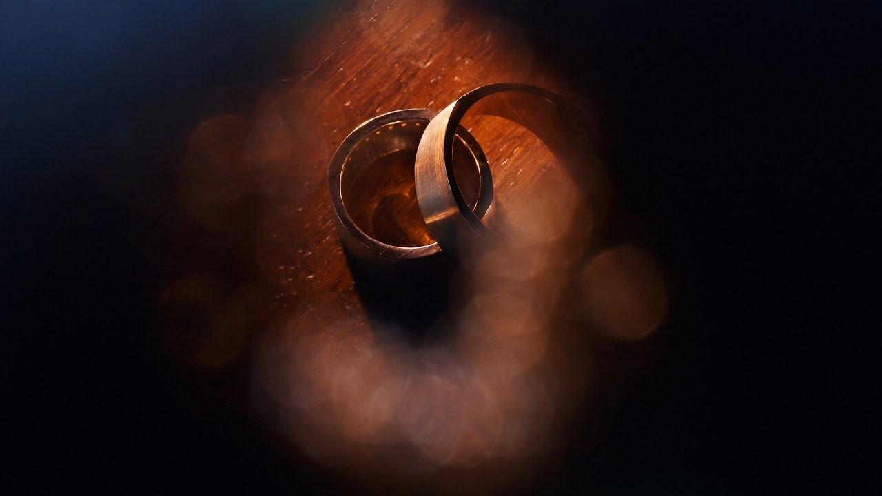 Shooting Wedding Rings With Flash Light