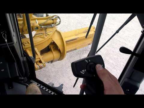 Cat 140M Motor Grader Controls