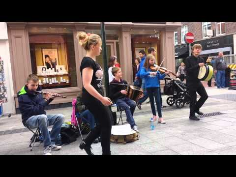 Siobhan McGinty Sean Nós dancing on Grafton St.