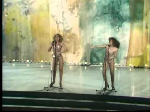 Download Las Hermanas Goggi - Estoy Bailando