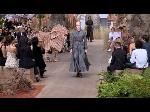 Dior Fashion Show - Haute Couture Autumn/Winter 2017/18