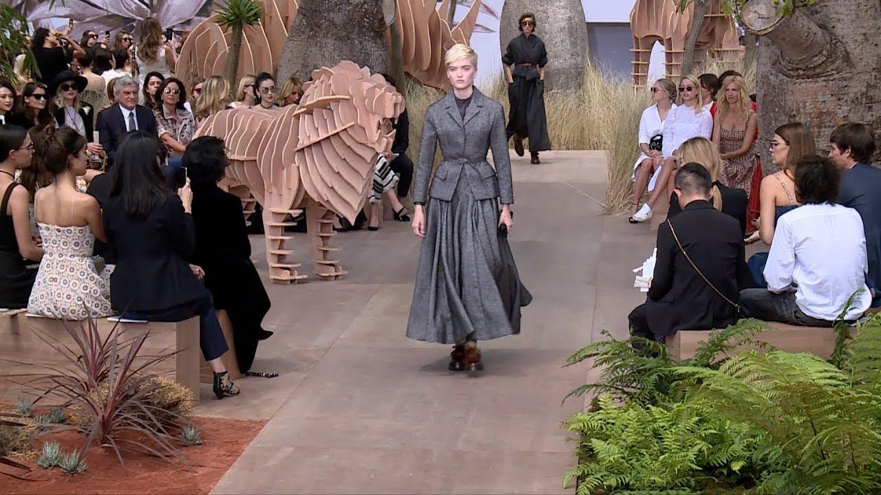 Dior Fashion Show - Haute Couture Autumn/Winter 2017/18