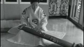 Video Ancient Korean Traditional Music - Hwang Byeonggi - Kayagum Sanjo Variation (Filmed in 1966) download MP3, 3GP, MP4, WEBM, AVI, FLV Agustus 2017