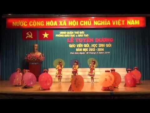 Từ rừng xanh cháu về thăm lăng Bác - Đội văn nghệ trường THCS Thái Văn Lung
