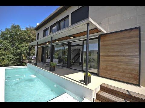Villa moderne et fantastique avec une piscine prive magnifique intrieur modern et luxueux