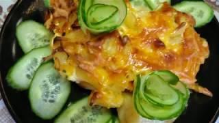 Куриная грудка с ананасами и рикоттой под сырной корочкой.