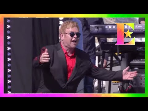 Elton John - Saturday Night's Alright (For Fighting) (Live on the Sunset Strip)