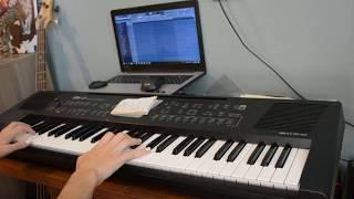 Танцы минус- Половинка  на пианино. Девушка красиво играет на пианино 鋼琴音樂