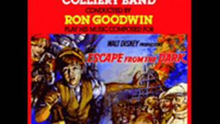 Escape from the Dark. Musica: Ron Goodwin