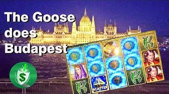 The Goose Does Budapest, Casino and Slots
