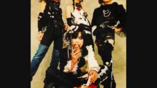Vocal:Daisuke Guitar:Yuana Bass:Kazu Drums:Shizumi Status:Disbanded...