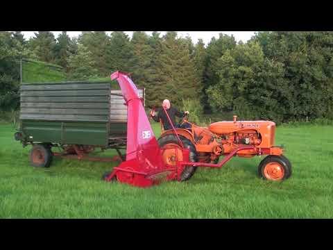 Allis  Working A JF Harvester