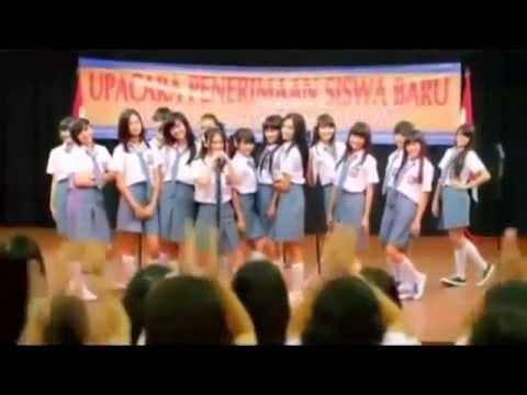 JKT48 - Heavy Rotation with lyrics