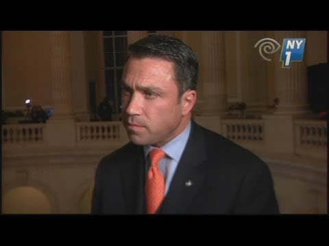 "US Congressman Michael Grimm threatens reporter: ""I'll break you in half"""