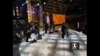"""D'Angelo - """"Send It On"""" & """"Sex Machine""""(feat. Tom Jones) @ Men Strike Back!"""