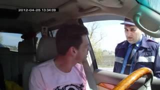 Украинский гаишник обломал водилу на английском