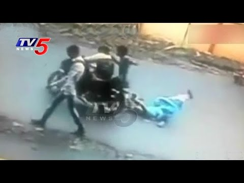 Chain Snatching Spree Continues In Shamshabad | Hyderabad | TV5 News