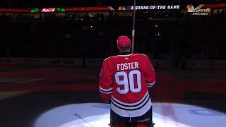Emergency goalie steals the show in Chicago thumbnail