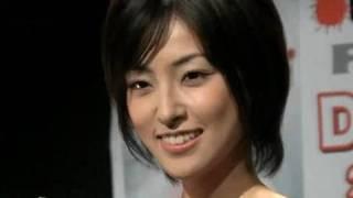テレビドラマ「怨み屋本舗」シリーズ(テレビ東京系)に主演した女優、...