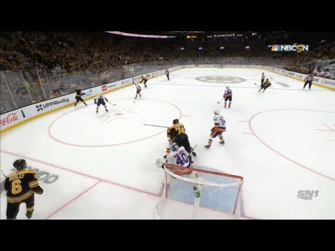 Boston Bruins player fined NHL maximum for cross-check in Game 2
