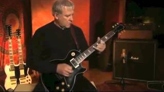 Rush performs YYZ