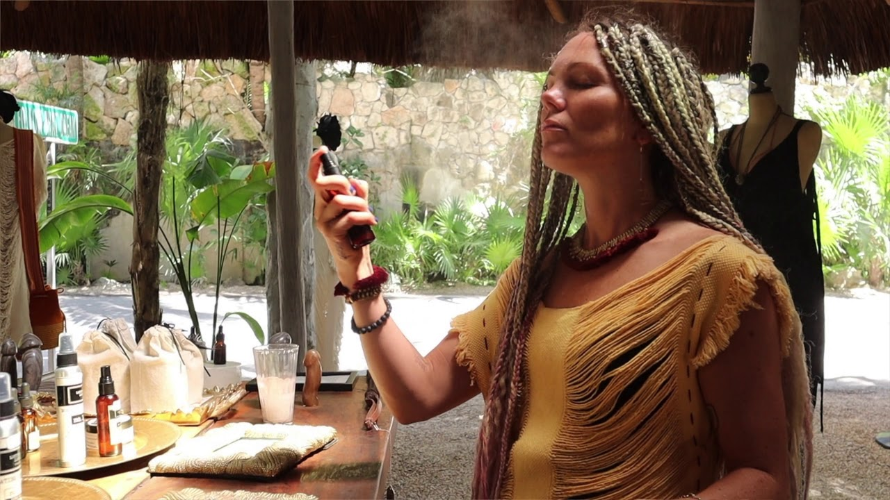 LOLITA LOLITA - Follow that Dream, Tulum