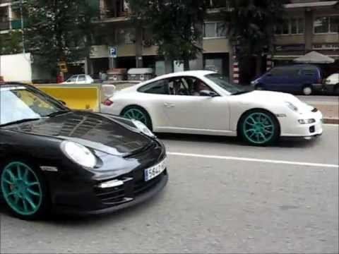 porsche 997 gt3 vs 997 gt2 in the city youtube. Black Bedroom Furniture Sets. Home Design Ideas