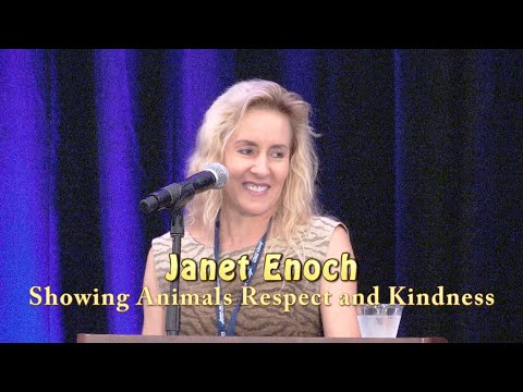 Janet Enoch speaks at the 2016 Animal Rights Conference