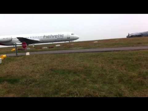 RAF boeing C17a globemaster III takeoff @ Birmingham