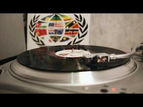 Beats International - Dance To The Drummer's Beat | B2